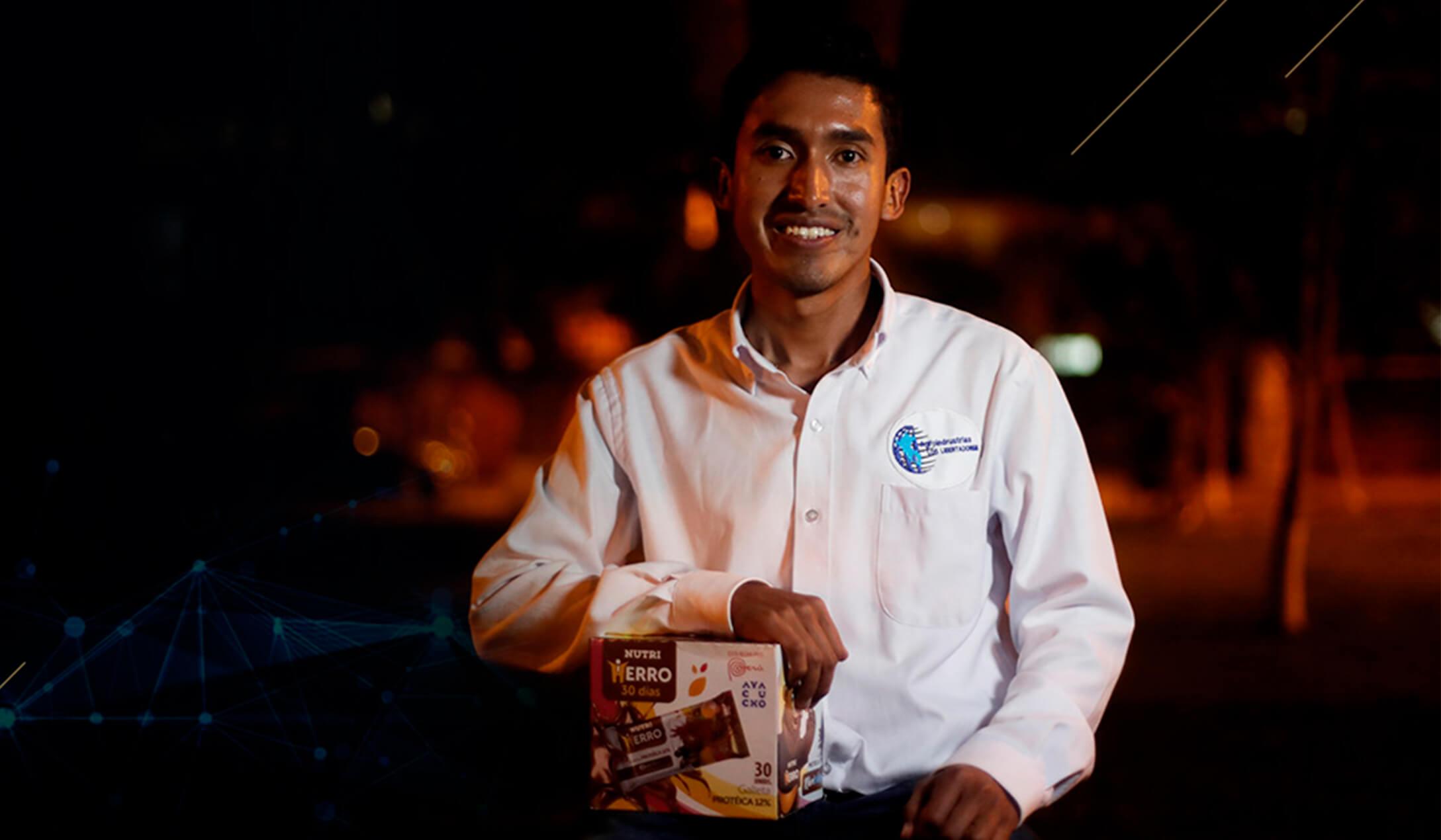 Julio Garay creador de la galleta que cura la anemia.